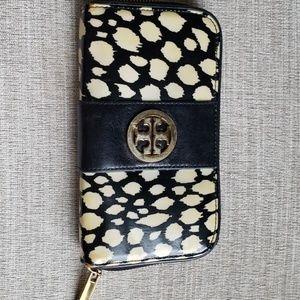 Tory Burch Leopard Zip Wallet